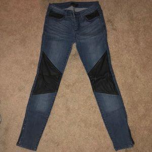 Bebe skinny jeans size 25